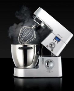 The Kenwood KM070: what Robocop would cook with