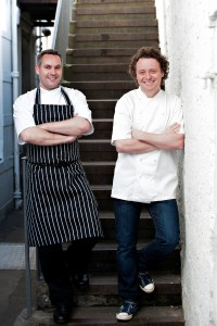 Chefs Dominic Jack and Tom Kitchin are to open a bar in Stockbridge