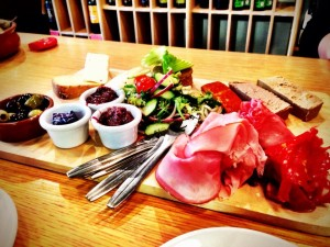 The Plum Tree deli platter