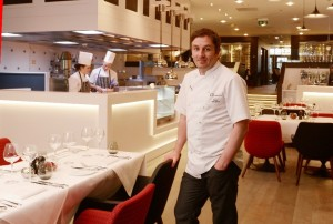 Executive Chef Kevin Dalgleish in IX restaurant.