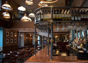 The elegant bar at Garvie and Co
