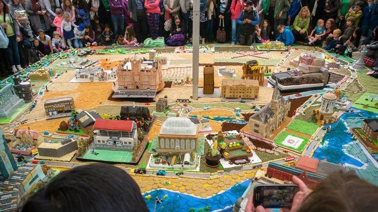 Last year's Edinburgh Cake Fest has inspired bigger building projects. Image by Seth Mcanespie via Cake Fest Scotland.
